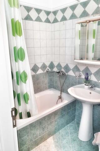 No2 quadruple room orange apartments-01