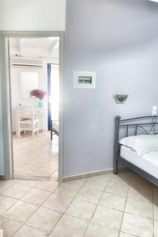 No2 quadruple room orange apartments-17