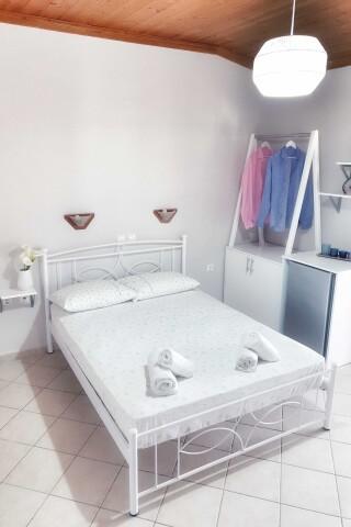 n4 3 bed studio orange apartments lefkada-01